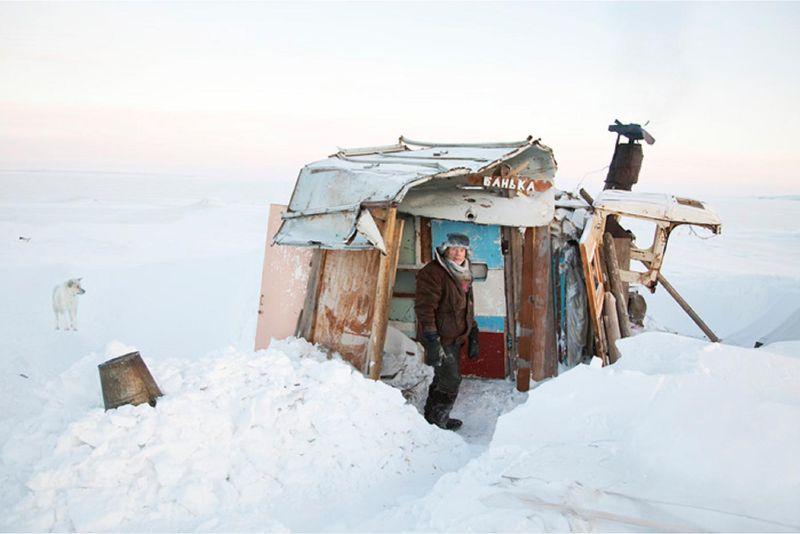 Evgenia-arbugaeva-tiksi-blog-impossible-voyage-axel-scoffier-7